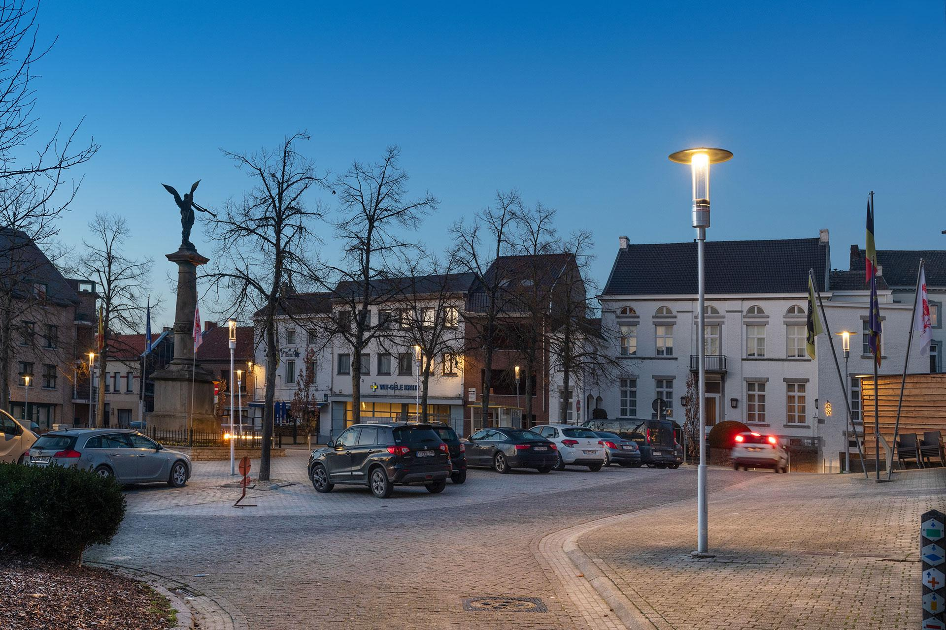 Elegant Shuffle post-top LED luminaire helps Borgloon to significantly reduce energy consumption and create an attractive nocturnal outdoor neighbourhood for citizens